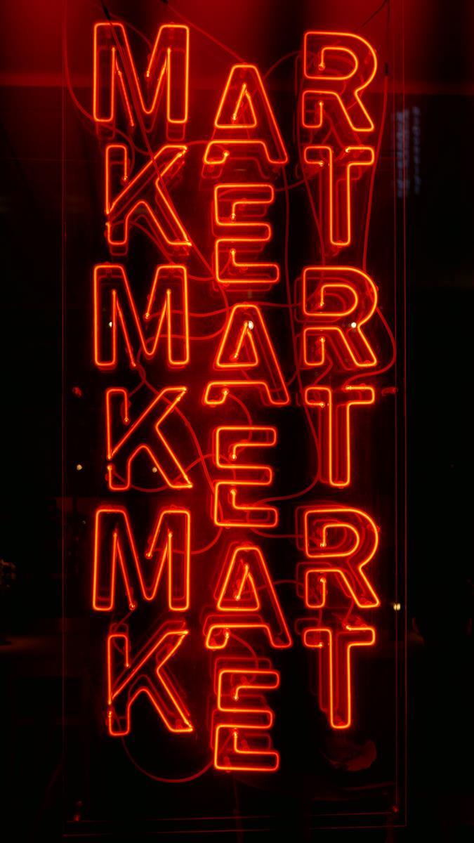 Jak wybrać ofertę firm realizujących działania marketingu internetowego?