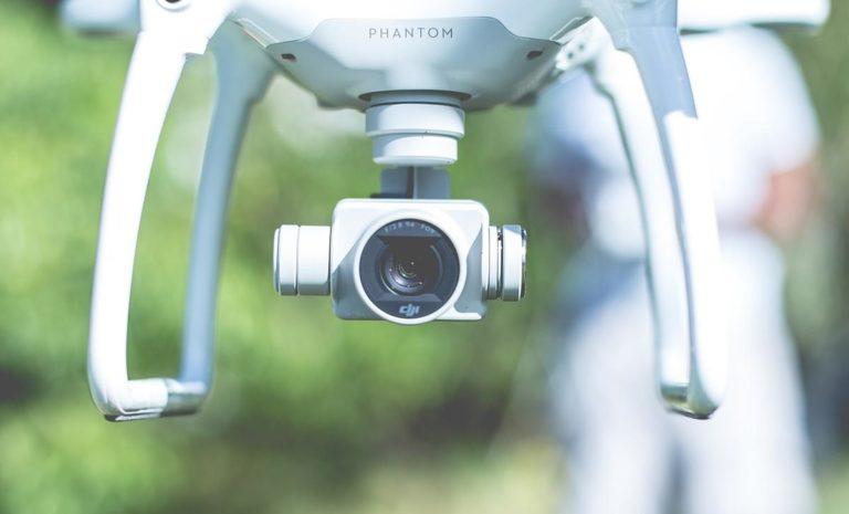 Najważniejsze cechy i zalety nowoczesnych dronów